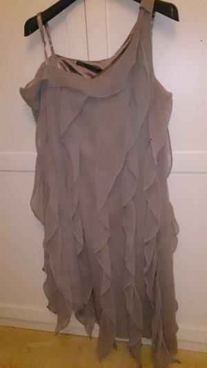 Festliches asymmetrisches Kleid der niederländischen Marke Steps