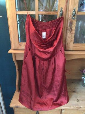 Festliches, elegantes Mini-Kleid