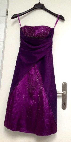 festliches fliederfarbenes Kleid mit Pajetten/letzte Preisreduktion