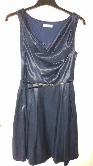 Festliches Kleid dunkelblau mit Wasserfallausschnitt s.Oliver