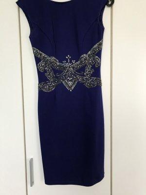 Festliches Kleid mit Rückendekoltee