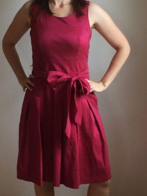 Festliches Kleid von Manguun