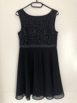 9a6cbdd60d31 festliches Kleid von Peek&Cloppenburg
