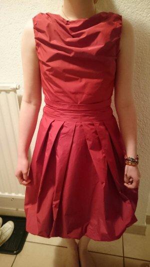 Festliches Kleid von Young Couture