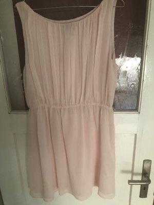 Festliches puderrosa Kleid