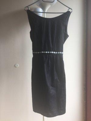 #festliches schwarzes Kleid mit #pailletten und tollem #rückenausschnitt