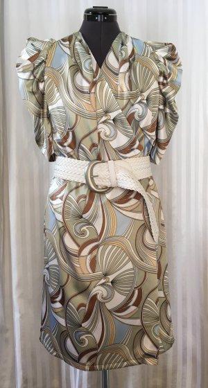 Festliches Wickelkleid mit Keulenärmeln im Stil der 90er