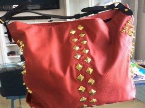 Fetzige Tasche rot/schwarz/gold von Asos