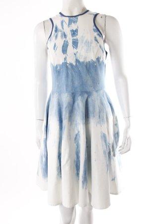 Fibula dress batik optics