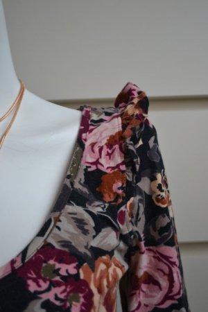 Figurbetonendes Jerseyshirt im Blumenprint von H&M