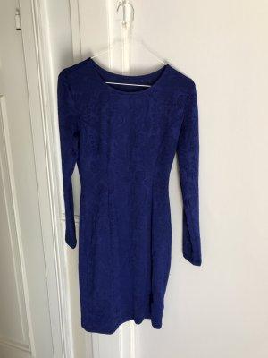 Falda estilo lápiz azul aciano-azul