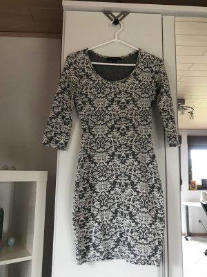 Figurbetonter Kleid von MisterLady