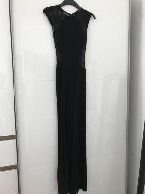 Figurbetontes Abendkleid mit Spitze