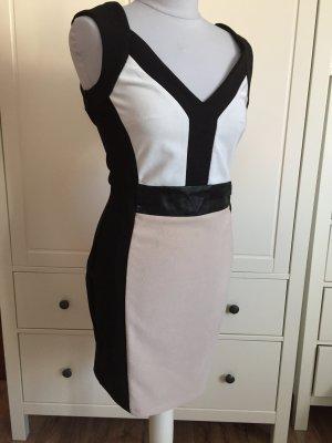 Figurbetontes, elegantes Kleid