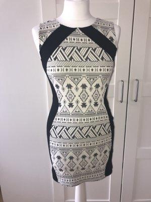 H&M Divided Vestido elástico negro-blanco