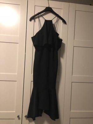 Figurbetontes Kleid in schwarz