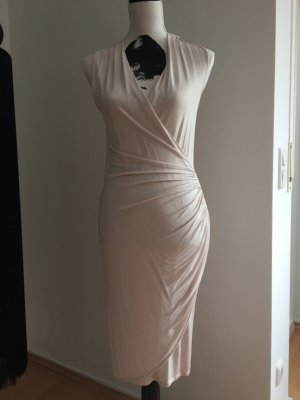 Figurbetontes Kleid in zartem rose