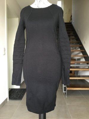 Figurbetontes Kleid von Gestuz im Bikerstil in Größe S