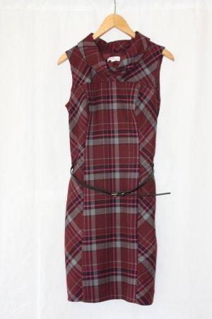 Figurbetontes Kleid von S.Oliver