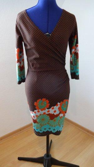 figurbetontes Kleid von Smashed Lemon