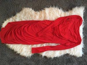 Figurbetontes, rotes Kleid