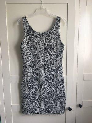 Figurbetontes Sommerkleid schwarz/Weiß