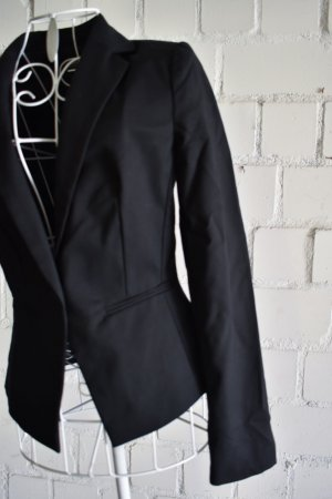 Figut betonter schwarzer Blazer