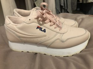 Fila Lace-Up Sneaker pink