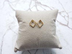 filigrane goldene Ohrringe in Rauten Form