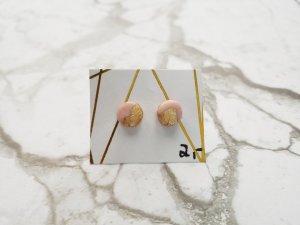 filigrane rosane Ohrringe / Ohrstecker mit Blattgold