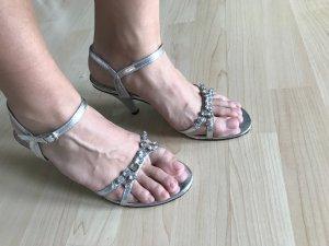 Andrea Conti Sandalen met bandjes zilver