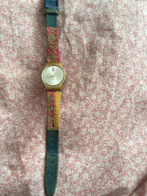 Filigrane Swatch mit Stoffband