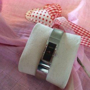 Filigrane Uhr der Marke DKNY; GESCHENKAKTION BEACHTEN!