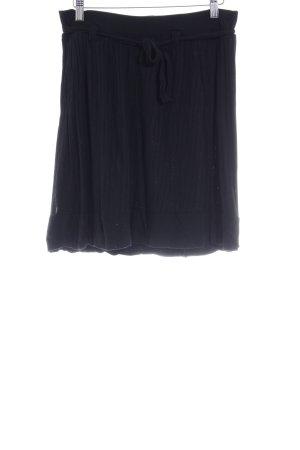 Filippa K Mini rok zwart gestreept patroon simpele stijl