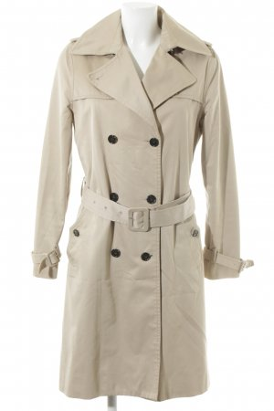 Filippa K Trenchcoat room casual uitstraling