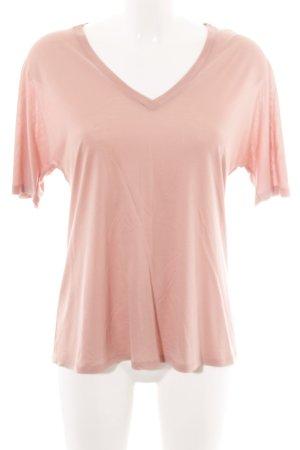 Filippa K T-shirt col en V rose style simple