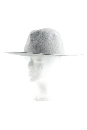 Cappello in feltro grigio elegante