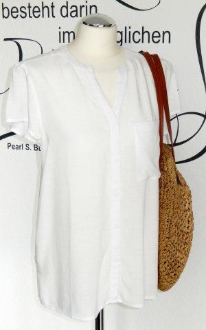 FINAL SALE bis 30.09.!! Luftiges, weißes Blusenshirt mit süßer Stickerei (kurze Ärmel, 100% Viskose) - NEU!!