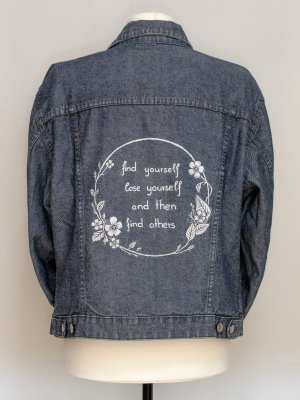 Find Yourself Lose Yourself Jeansjacke