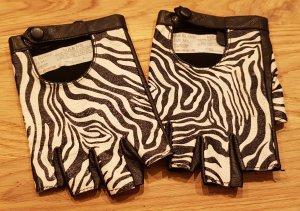 River Island Fingerless Gloves black-white