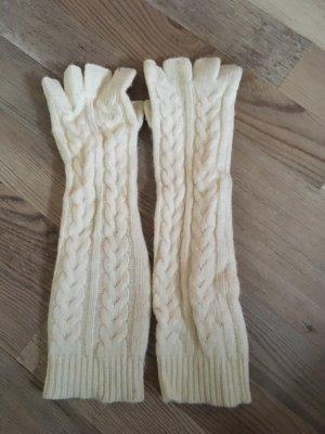 Fingerlose Handschuhe in creme mit Zopfmuster