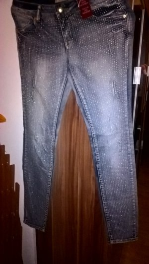 Fishbone Skinny Jeans Gr. 29 neu