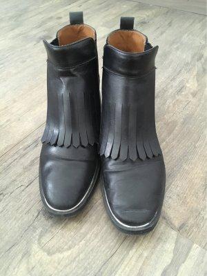 Flache Ankle Boots mit Fransen