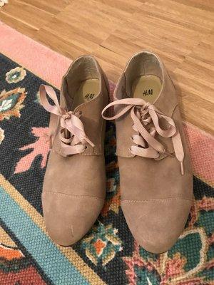 Flache H&M Schuhe Schnürschuhe 39 nude beige