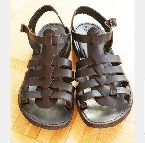 Sandalen met bandjes en hoge hakken zwart