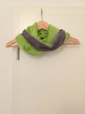 Sciarpone grigio-verde