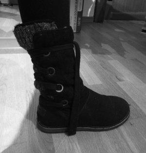 Flauschige SOliver Stiefel zum Schnüren