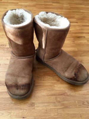 flauschige UGG Boots