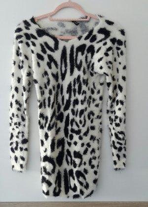 Maglione lungo bianco-nero