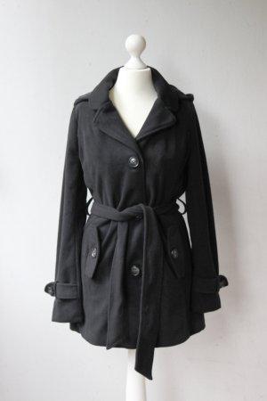 Fleece-Mantel mit Gürtel und Kapuze, schwarz